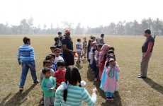Children-of-Ex-cadtes-are-playing-during-Annual-Picnic