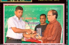 Excellence-Award-to-Chief-Guest-Dr-Atiur-Rahman